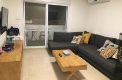 דירה למכירה במודיעין - שלושה חדרים שכונת הפרחים - סלון