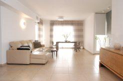 למכירה דירת 5.5 חדרים עם מרפסת גדולה בשכונת הנביאים - סלון 2