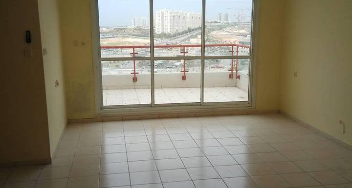 דירת 3.5 חדרים להשכרה בנחל ציפורי במודיעין - סלון